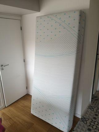 colchón 2m x 0,90m