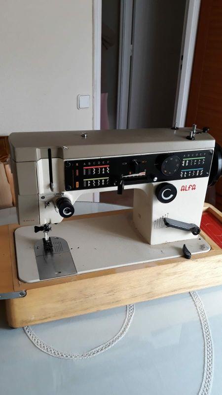 Maquina de coser modelo alfa 9029 de segunda mano por 130