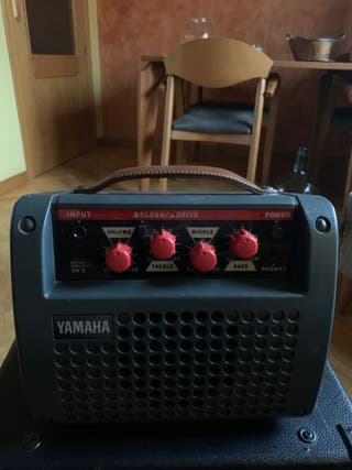 Amplificador Yamaha VA-5
