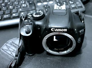 Cámara Reflex Canon EOS 550D