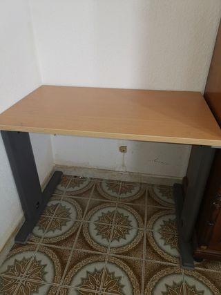 Mesa escritorio, regalo silla y buck