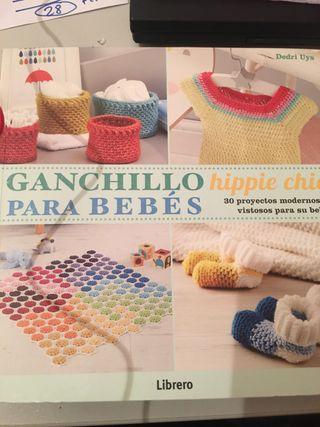 Libro ganchillo para bebés nuevo
