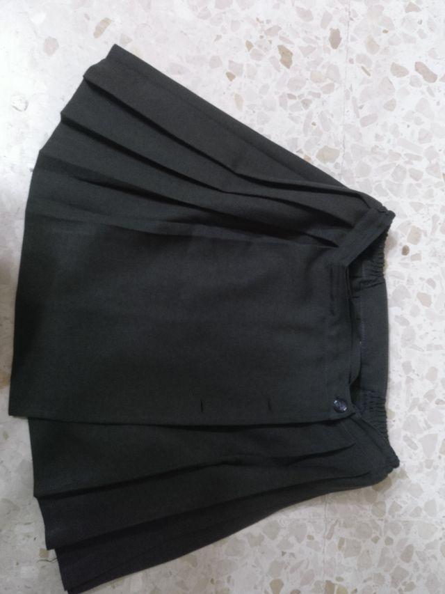 Uniforme falda talla 16