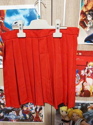 Falda roja de tablas / falda colegiala