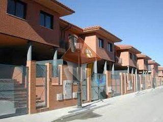 Casa adosada en venta en El Quiñón en Seseña