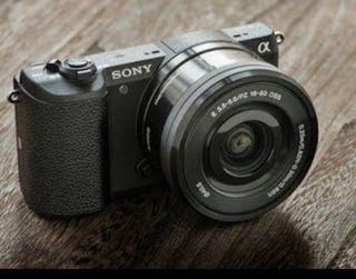 Cámara Sony A5100 y Objetivo 16-55