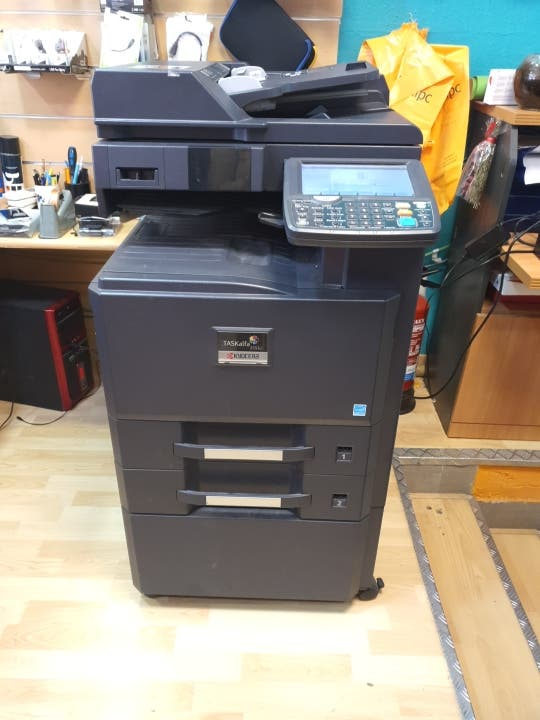 Impresora Multifunción Kyocera
