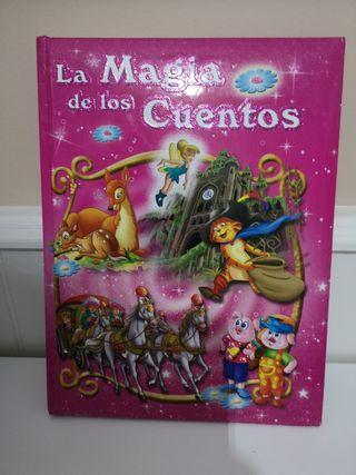 """Libro de Cuentos """"La Magia de los Cuentos"""""""