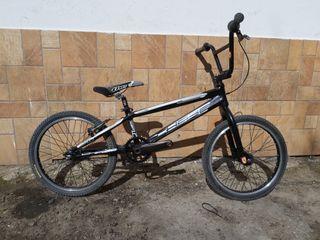bicicleta de bmx racer