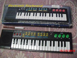 PIANO -ORGANO DE JUGUETE, 37 TECLAS