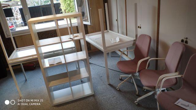 estanterías sillas muebles ikeA montamos