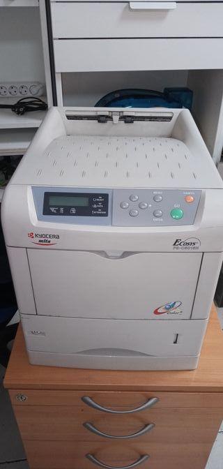 Impresora laser color Kyocera Mita