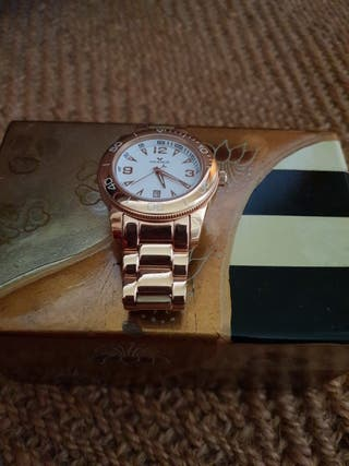 reloj viceroy de mujer dorado
