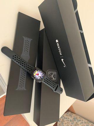 Apple Watch Nike Series 4 40mm