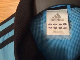 Cazadora deporte Adidas,nueva.