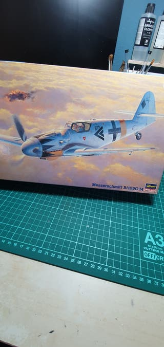 Maqueta avion bf109 g14 alemán escala 1:48