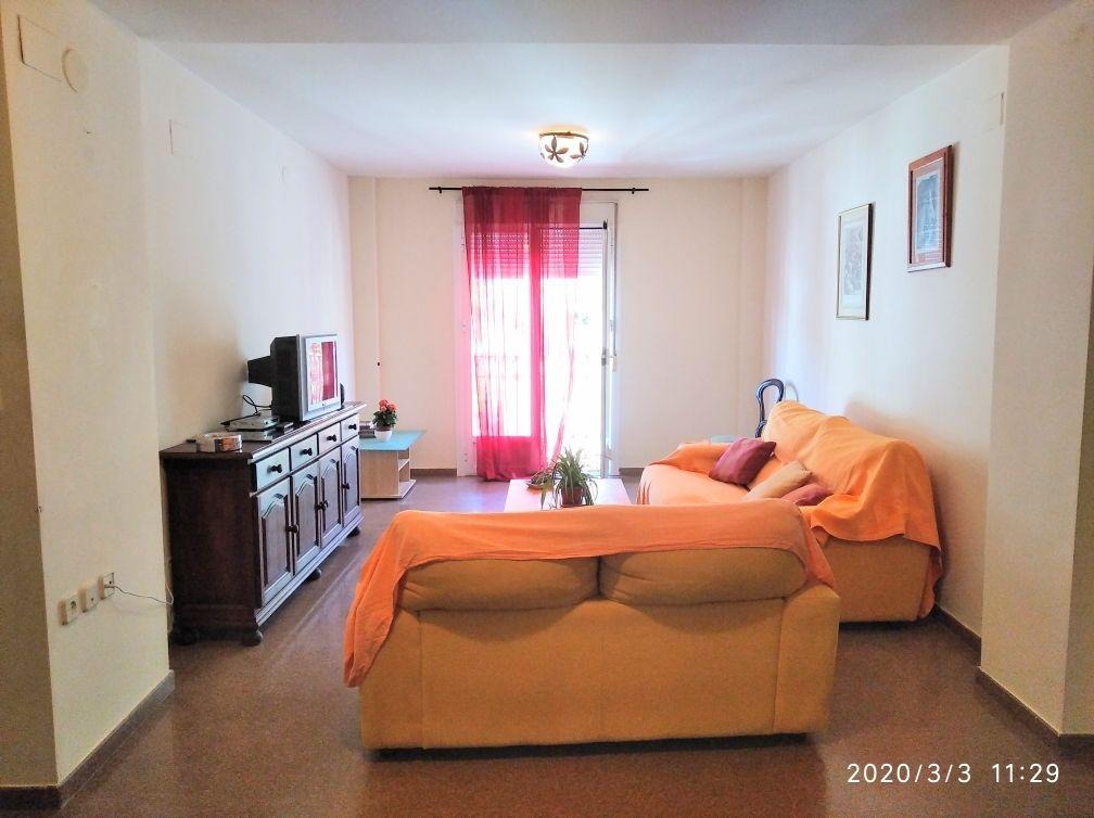 Se Alquila Piso en Ojén de 3 Dormitorios. (Ojén, Málaga)