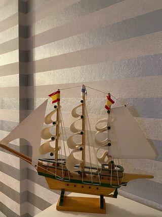 Barco de madera, grande, decoración