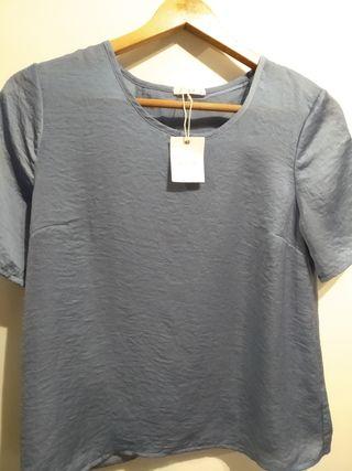 Blusa nueva talla M
