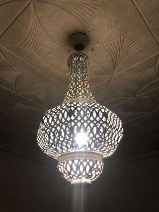 Preciosa lámpara árabe