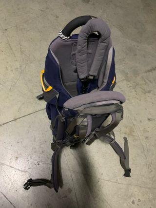 mochila porta bebé de montaña
