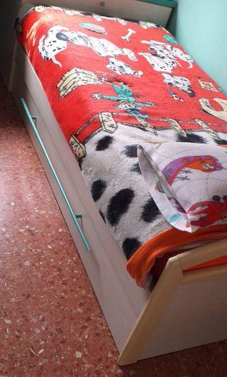 Cama nido juvenil dos camas con arcón.