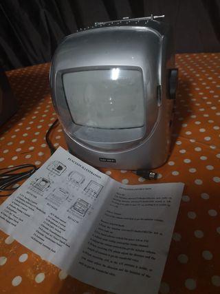 TV blanco/negro y radio portátil