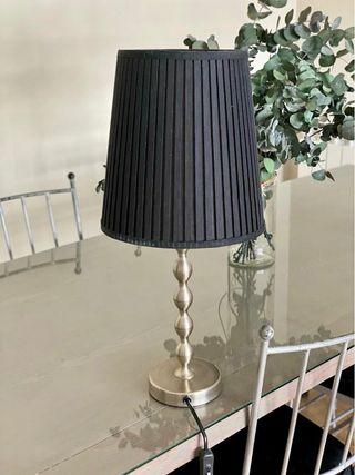 Lámpara mesa auxiliar