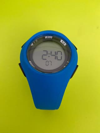 Reloj crónometro de running hombre W200 M