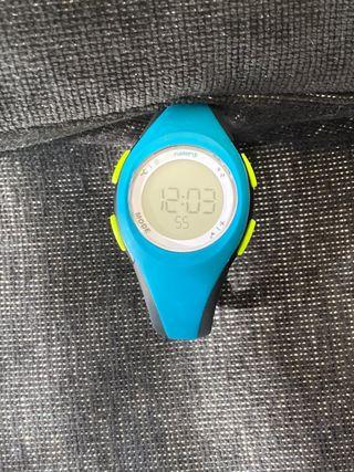 Reloj cronómetro de running mujer decathlon. W200S