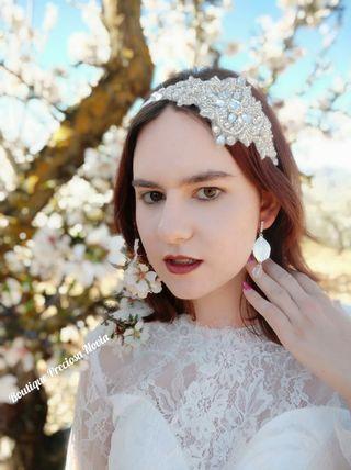 Diadema de novia ,tiara joya para niña comunión