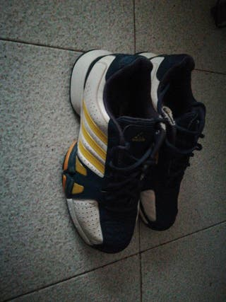 deportivas Adidas talla 40.5