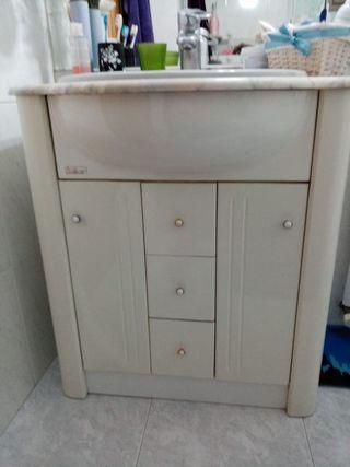 mueble de baño , taza y vide