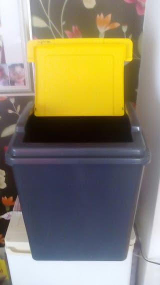 50 litre recycling bins x2