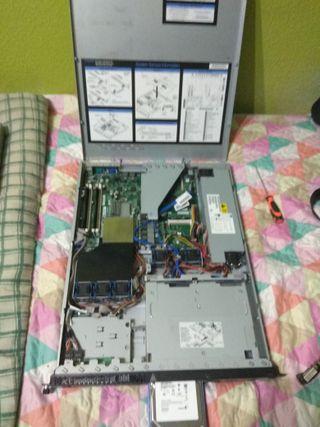 Servidor PC Rack Informática y regalo otro