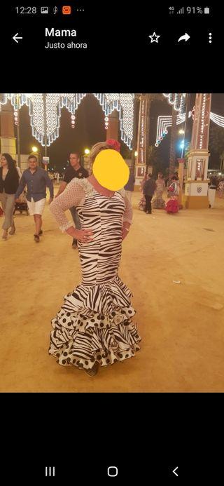 vestido flamenca talla 44,