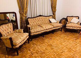 Tresillo y dos sofás