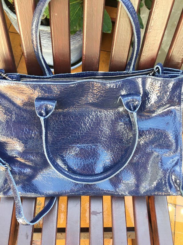 Bolso Hakei & co.piel azul marino