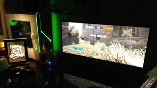 "Pc Gamer + MONITOR LG ULTRAWIDE 27"" y altavoces."