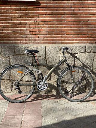 Bici de paseo btwin 7 talla L