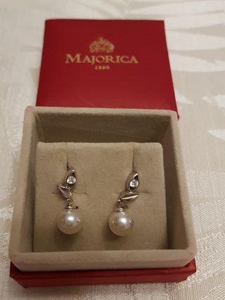 Pendientes Plata y Perlas blancas. MAJORICA. Nuevo