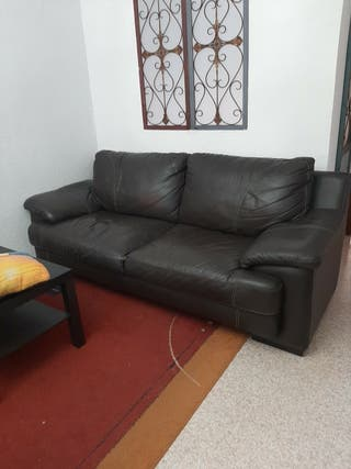 2 sofás de piel