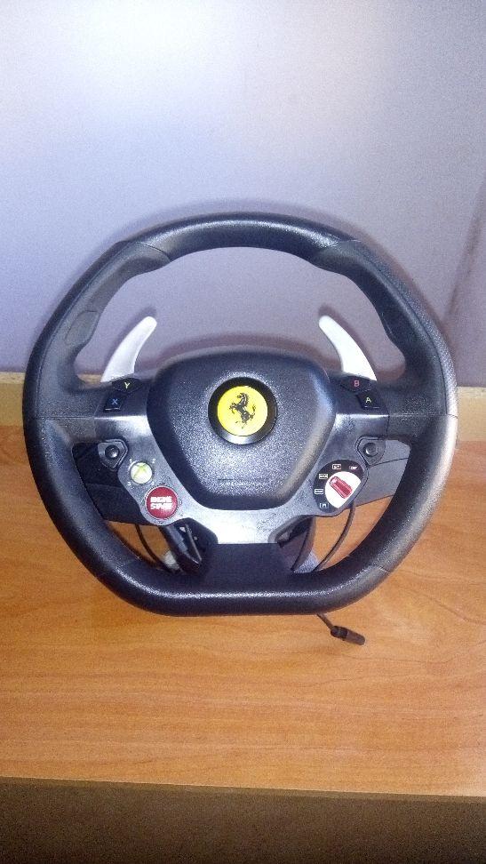 Thrustmaster Ferrari 458 Italia Xbox 360 / PC