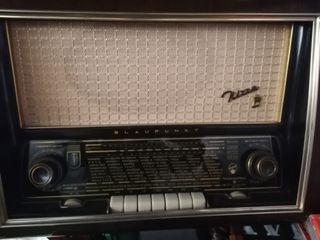 Radio vintage Blaupunkt modelo NIzza año 1955