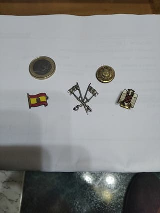 insignia militares