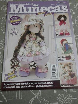 Revista para hacer muñecas tela
