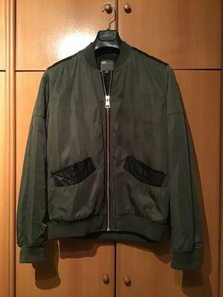 Bomber verde