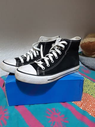 """Zapatillas estilo """"converse"""""""