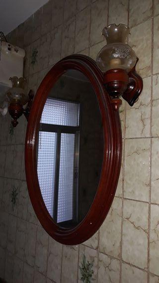Espejo grande vintage con lámparas baño limpiarlas
