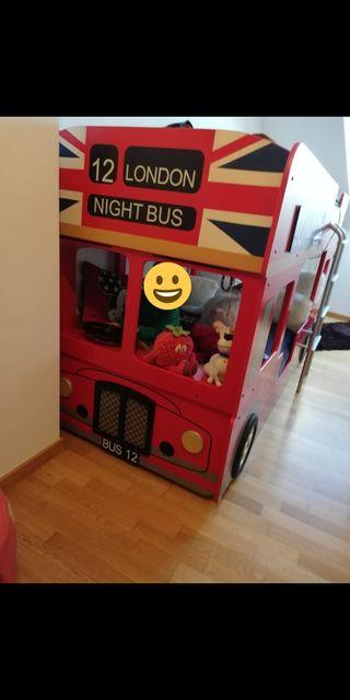 Cama autobús con literas.